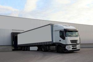 Jak usprawnić transport towarów w firmie?