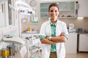 W jakim wieku należy udać się na wizytę do ortodonty?