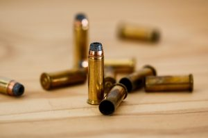Dlaczego warto konserwować broń olejkiem teflonowym?